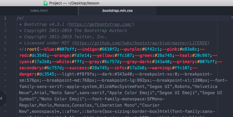 圧縮版のCSS。改行やスペースが省略。bootstrap.min.css