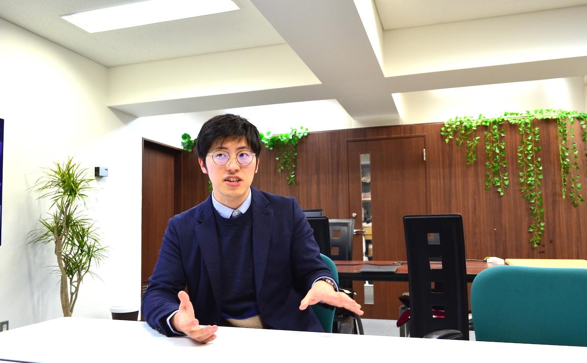 就活の教科書の強みについて語る岡本恵典さん