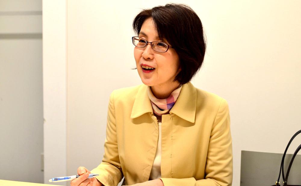 コピーライターで今回のインタビューアー役のオフィスカワモト河本さん