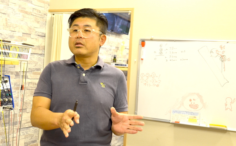 人の構造についてお話しする水嶋先生